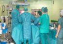 El Hospital Juan Ramón Jiménez aumenta un 35% las intervenciones quirúrgicas programadas este verano
