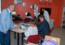 Salud y Educación destacan la labor de las aulas hospitalarias durante una visita al Juan Ramón Jiménez