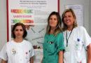 El Hospital Juan Ramón Jiménez, primer centro andaluz en formar a personas con ostomía para educar a otras