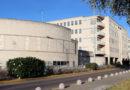 El Hospital Juan Ramón Jiménez incrementa las intervenciones quirúrgicas y aumenta en 1,2 millones de euros el presupuesto para sustituciones