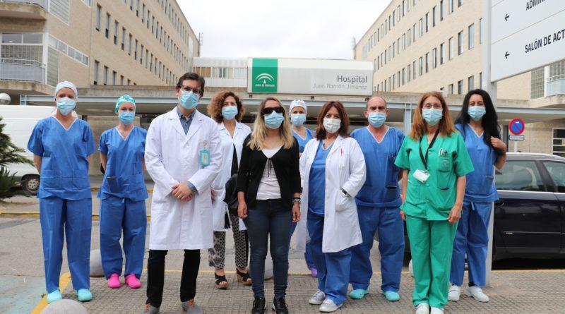 Donante cornea y equipo quirófano oftalmología