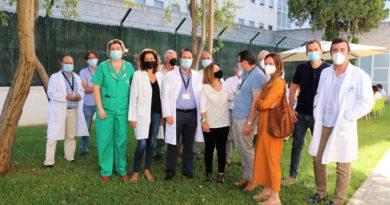 Pacientes de Salud Mental del Hospital Juan Ramón Jiménez participan en una jornada de convivencia junto a FEAFES y FAISEM